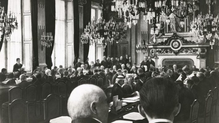 Peace conference in Paris. Photo: Archives MFA France