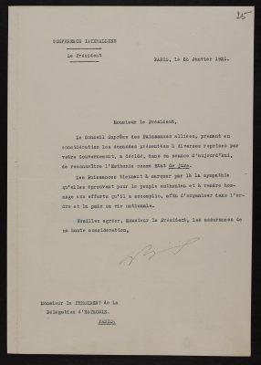 Liitlasriikide Kõrgema Nõukogu esimehe Aristide Briandi kiri Eesti esindajale Pariisis. Foto: Rahvusarhiiv